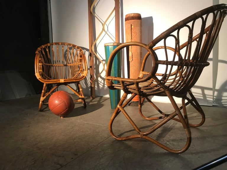 Pair of Mid-Century Modern after Franco Albini Bamboo or Rattan Lounge Chairs For Sale 3