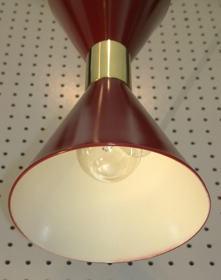 Pair of Stilnovo Red and White Enameled Aluminum with Brass Accents Sconces For Sale 3