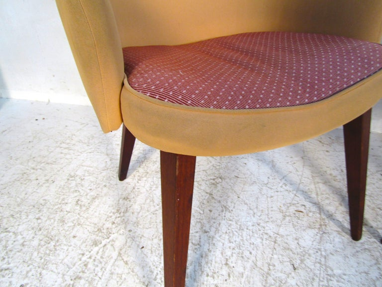 American Pair of Mid-Century Modern Lawsonia Armchairs For Sale