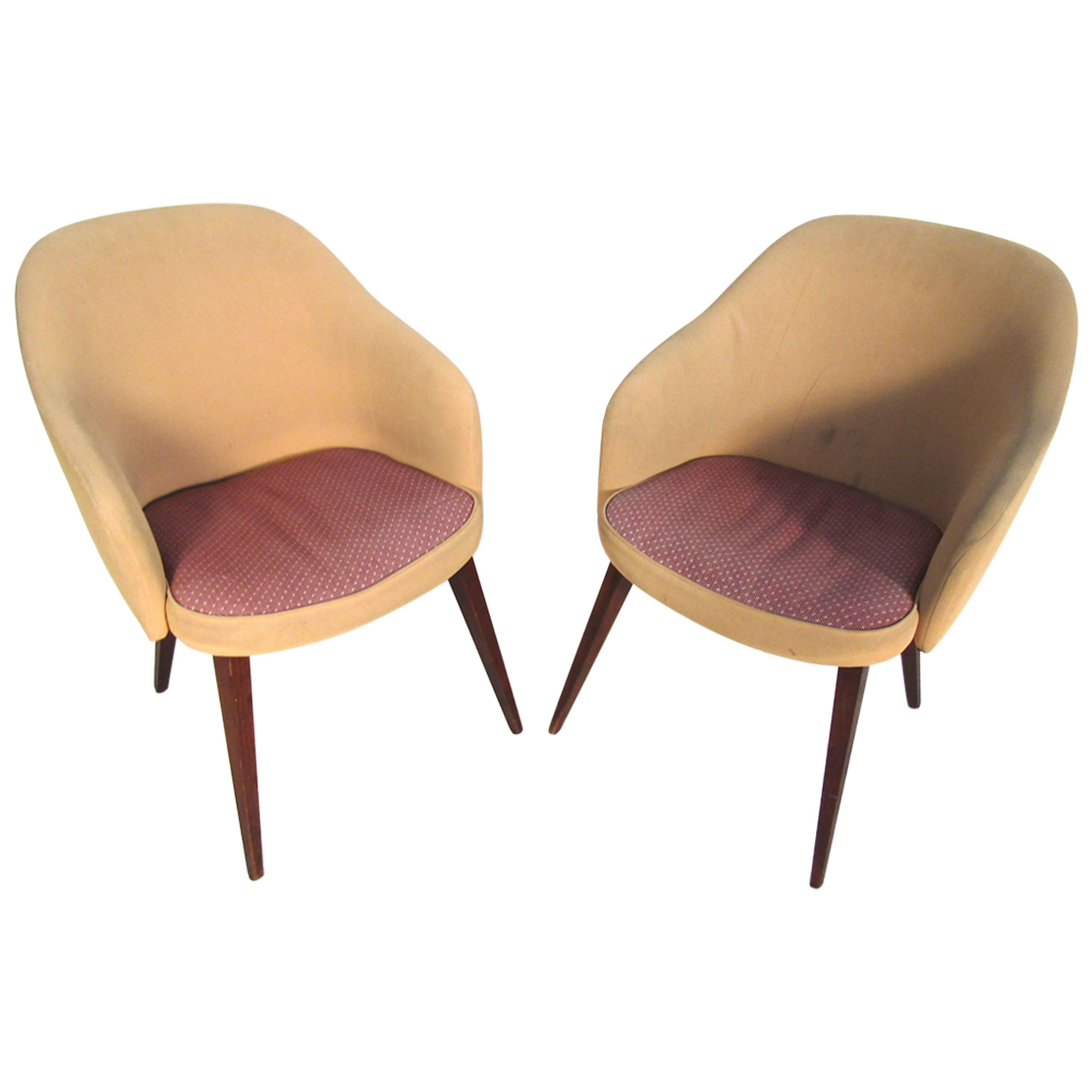 Pair of Mid-Century Modern Lawsonia Armchairs