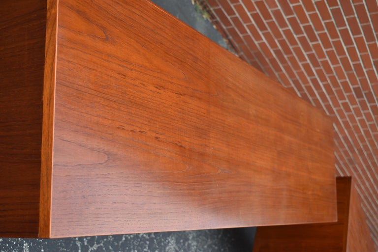 Pair Mid-Century Modern Teak Credenzas by Hans Wegner for Mobler RY-26 In Good Condition For Sale In Toledo, OH
