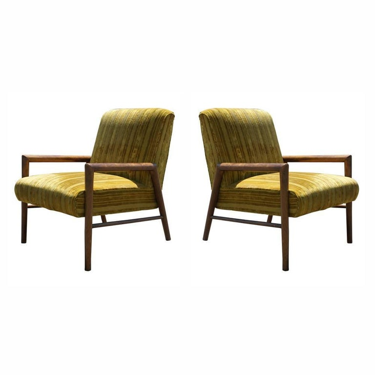 Pair of Midcentury T.H. Robsjohn Gibbings Arm Lounge Chairs For Sale