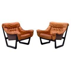 Pair Midcentury Cognac Leather Lounge Chairs by Oddmund Vad, VAD Trævarefabrik