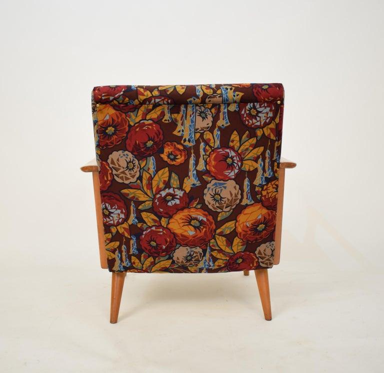 Midcentury Italian Armchairs in Beech and Upholstered Flower Velvet, 1950, Pair 9