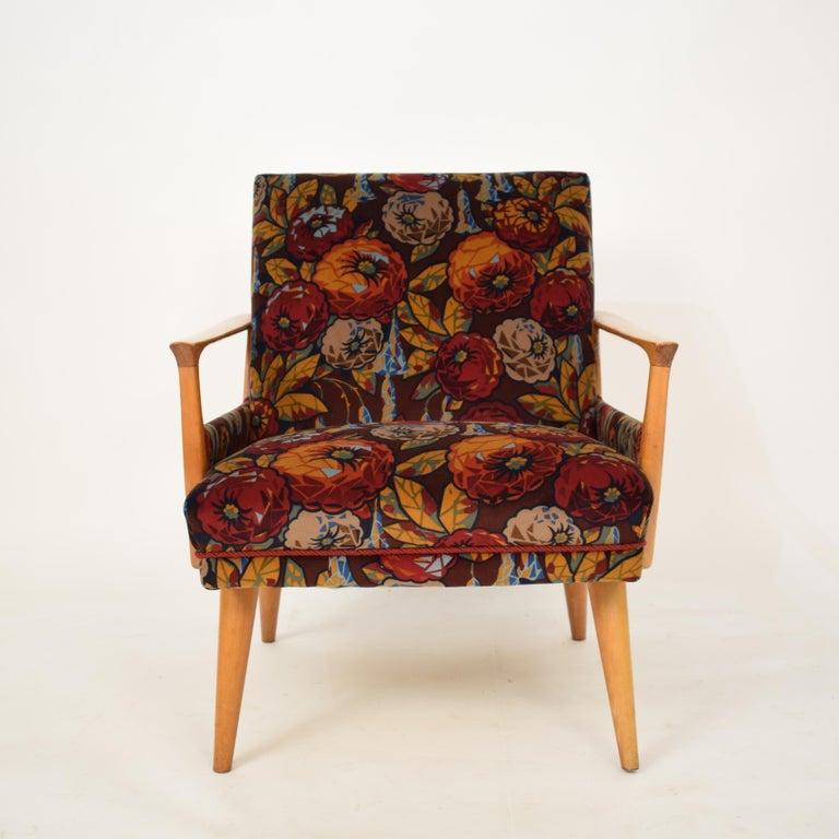Midcentury Italian Armchairs in Beech and Upholstered Flower Velvet, 1950, Pair 13