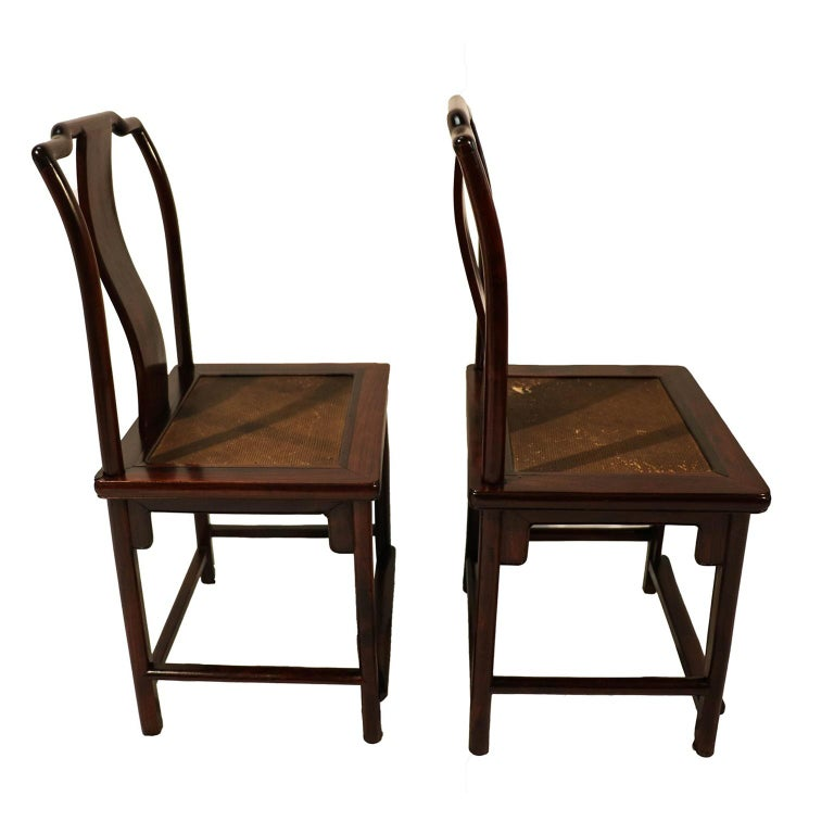 Joinery Pair of Ming Dynasty Style 19th Century Chinese Chairs For Sale