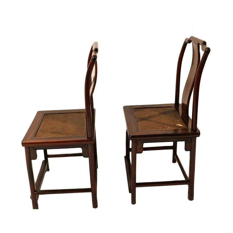 Wood Pair of Ming Dynasty Style 19th Century Chinese Chairs For Sale