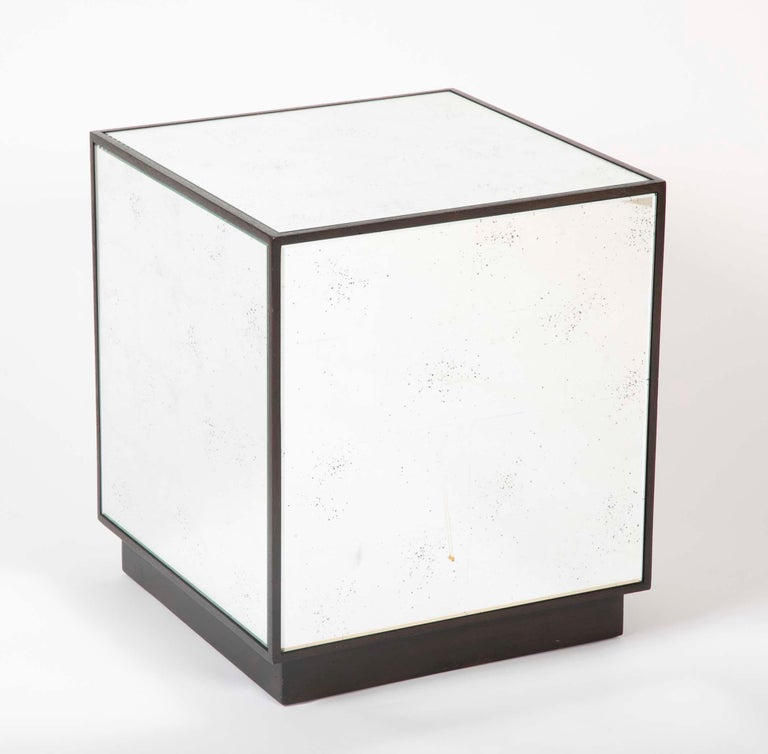 Pair of Modern Mirror Cube Side Tables In Good Condition For Sale In Stamford, CT