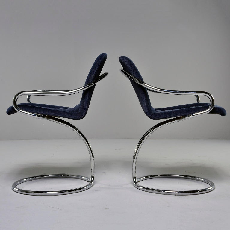 Pair of Navy Chenille Scoop Armchairs with Chrome Frames In Excellent Condition For Sale In Troy, MI