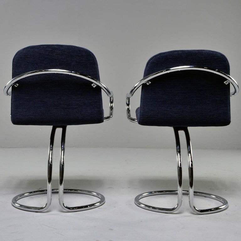20th Century Pair of Navy Chenille Scoop Armchairs with Chrome Frames For Sale