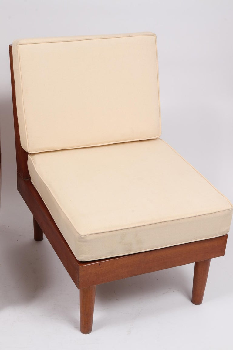 Pair of New Hope Style Lounge Chairs In Good Condition For Sale In New York, NY