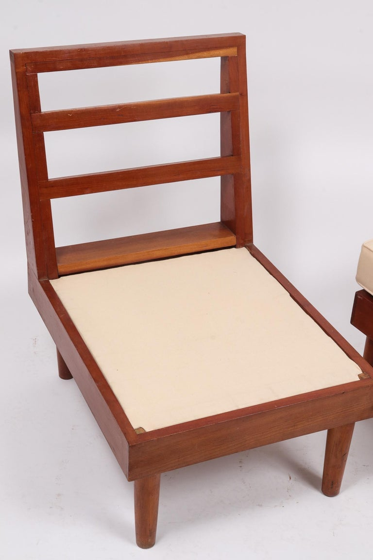 Mid-20th Century Pair of New Hope Style Lounge Chairs For Sale