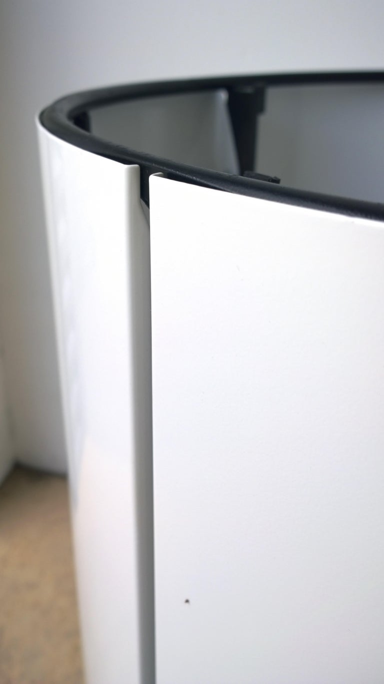 Pair Newly Powder-Coated in White Over Metal Panels & Black Metal Frame Planters For Sale 2