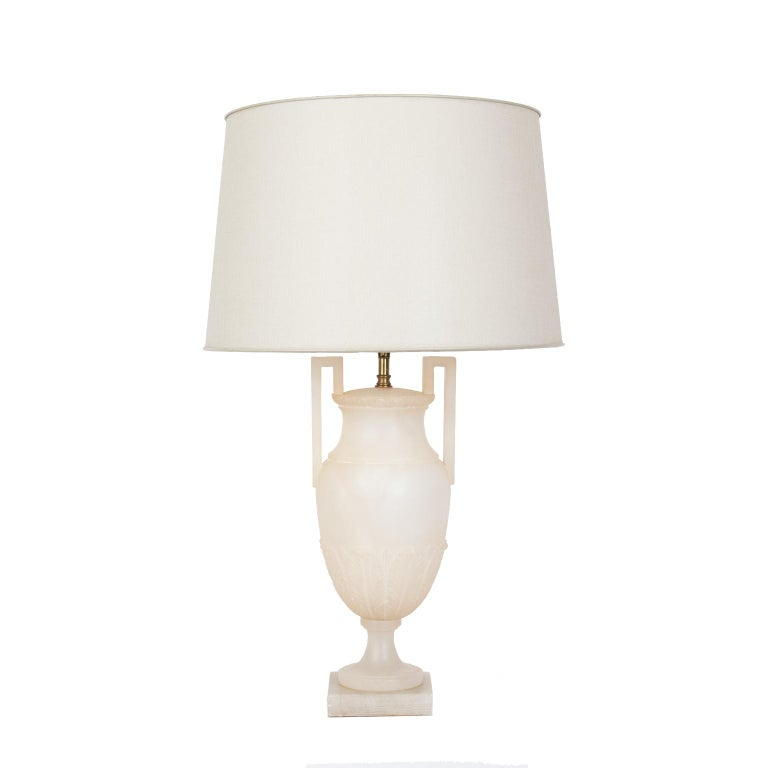 Carved Pair of Midcentury Italian Neoclassical Style Alabaster Urn Table Lamps For Sale