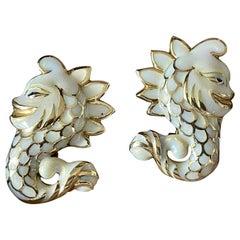 Pair of 14 K Yellow Gold fancy Enamel Seahorse Earclips