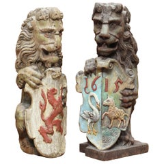 Pair of 1615 English Polychrome Painted Heraldic Lion Newel Banisters Finials