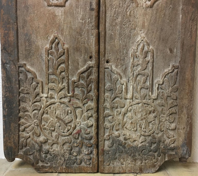 Qing Pair of 17th Century Chinese Carved Doors or Panels For Sale
