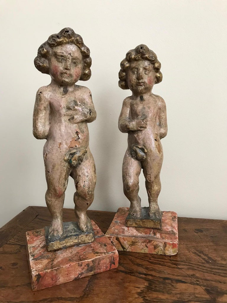 Pair of 17th Century Italian Carved Wood Putti For Sale 11