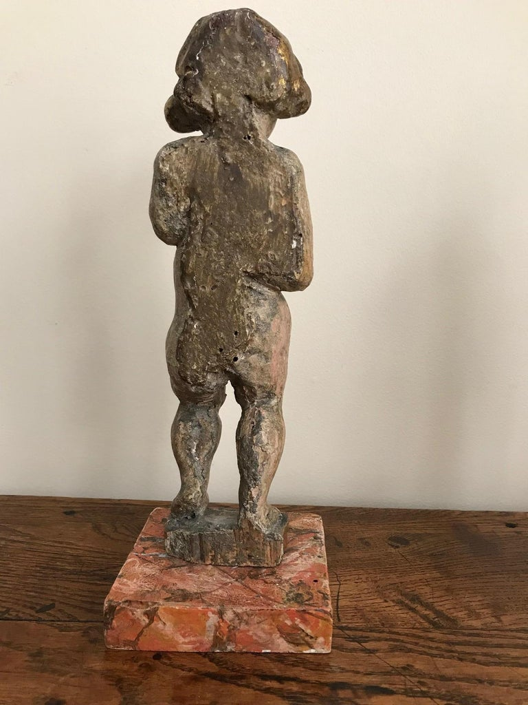 Pair of 17th Century Italian Carved Wood Putti For Sale 1