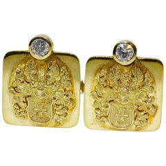 Pair of 18k Solid Gold Cufflinks with Diamonds Solitaire, Noble Coat of Arms