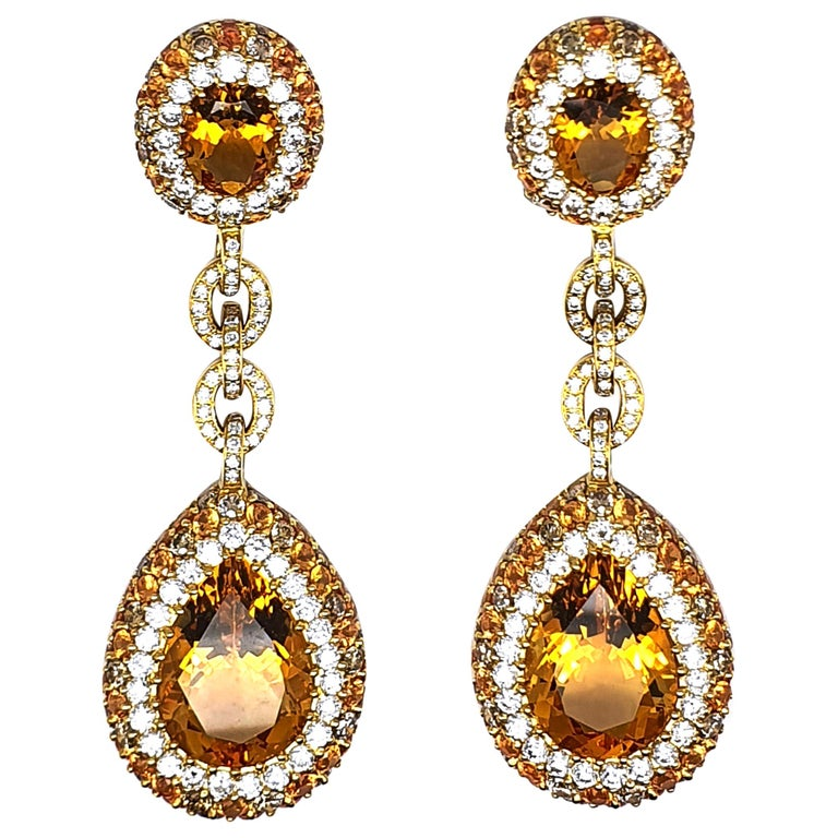 Pair of 18K Yellow Gold Earrings 'Pendant' 20.96 Ct Citrine Corunds and Diamonds For Sale