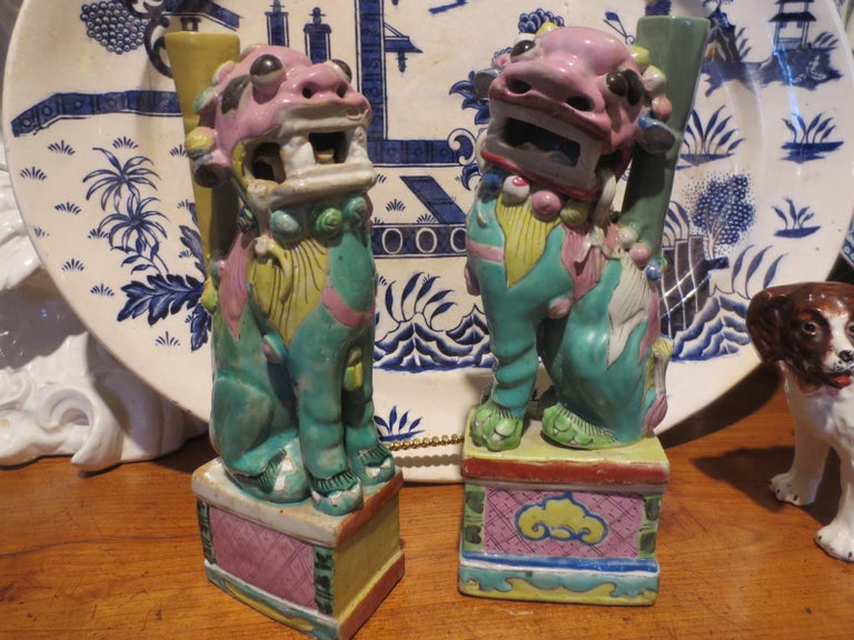 Polychromed Pair of 18th-19th Century Chinese Hand Painted Polychrome Porcelain Foo Dogs For Sale