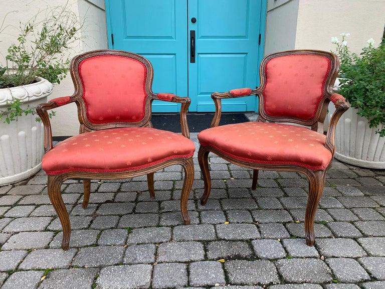 Pair of 18th-19th century Italian armchairs Measures: 28