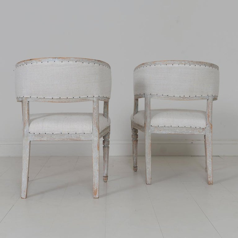 Pair of 18th c. Swedish Gustavian Period Original Paint Sulla Chairs - Set 1 For Sale 6