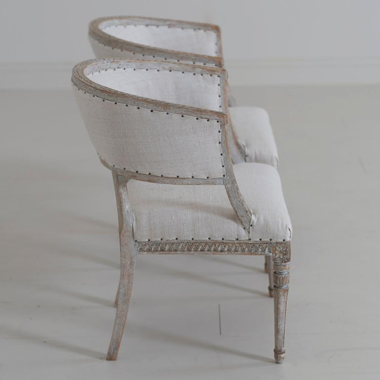 Pair of 18th c. Swedish Gustavian Period Original Paint Sulla Chairs - Set 1 For Sale 2