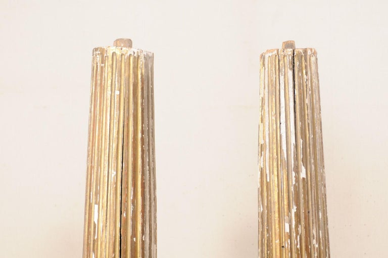 Pair of 18th Century Fluted and Gilded Wood Columns For Sale 2