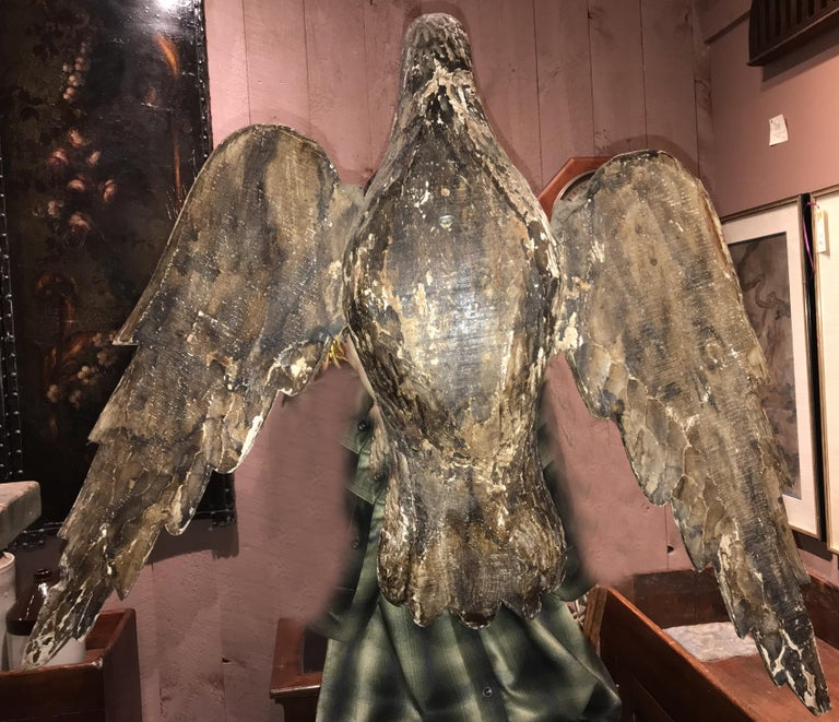 Hand-Carved Pair of 18th Century Continental Carved Wooden Eagles For Sale