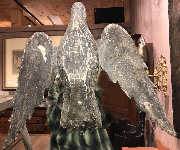 Pair of 18th Century Continental Carved Wooden Eagles In Good Condition For Sale In Milford, NH