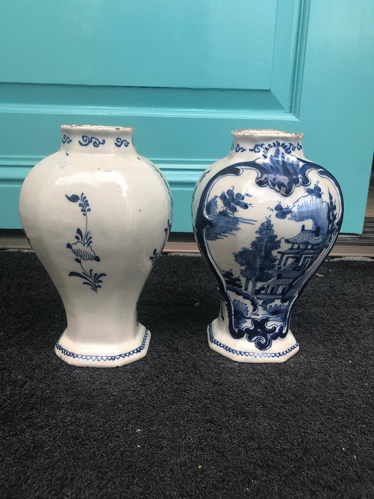 Pair of 18th Century Delft Urns, Signed For Sale 9