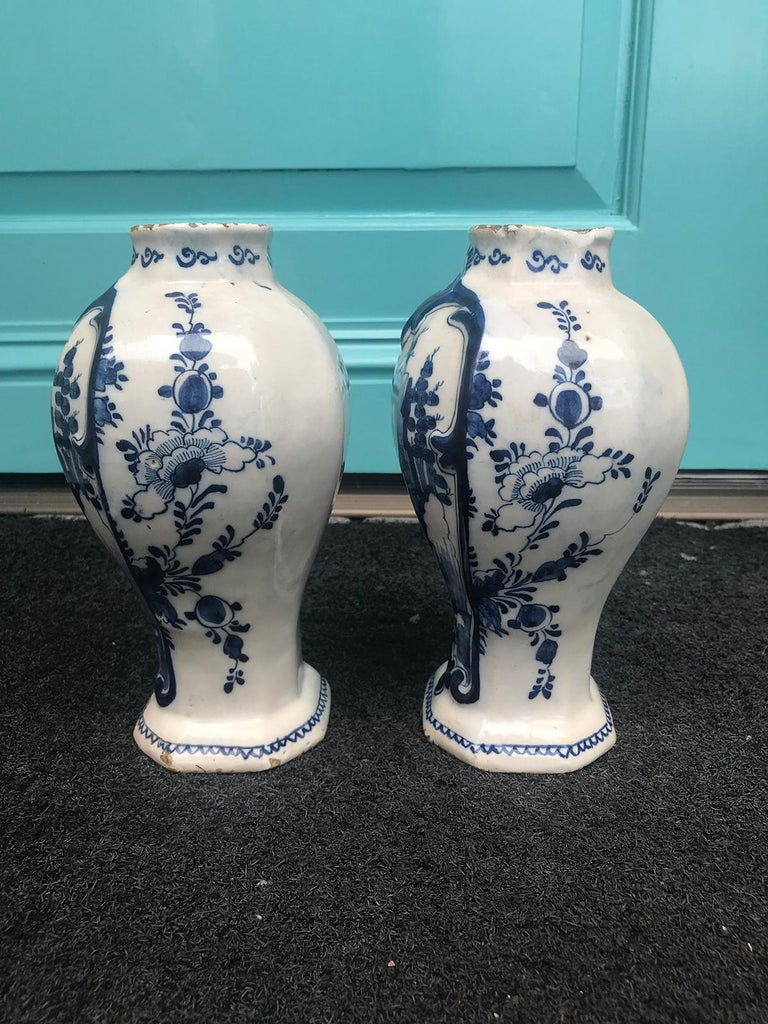 Pair of 18th Century Delft Urns, Signed For Sale 11