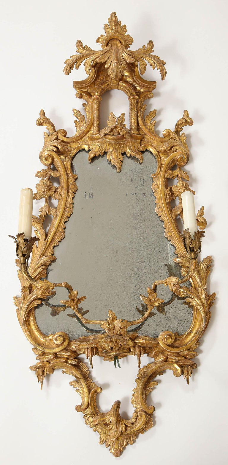 Pair of 18th Century English Giltwood Chinoiserie Mirrors with Candleholders For Sale 6