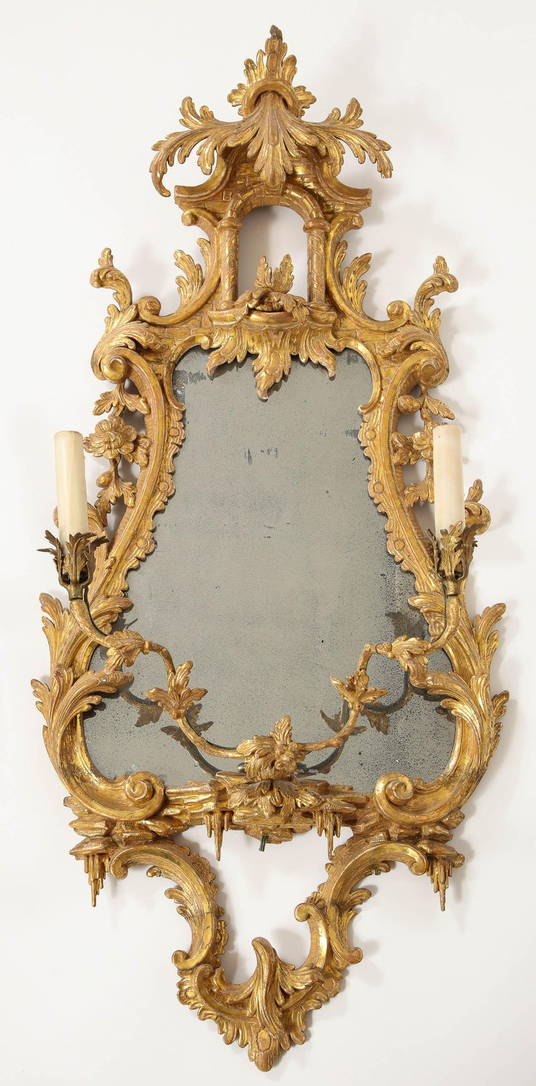 Pair of 18th Century English Giltwood Chinoiserie Mirrors with Candleholders For Sale 7
