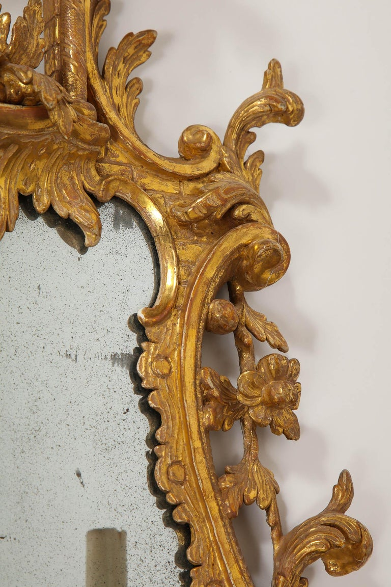 Pair of 18th Century English Giltwood Chinoiserie Mirrors with Candleholders For Sale 1