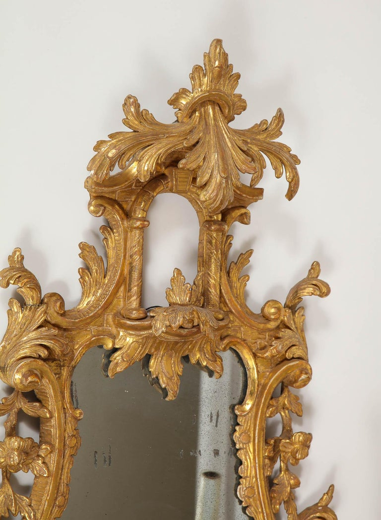 Pair of 18th Century English Giltwood Chinoiserie Mirrors with Candleholders For Sale 2