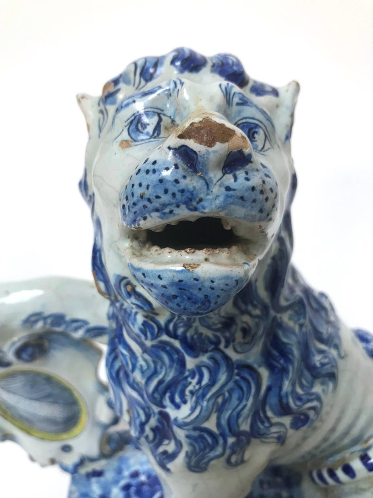 Pair of 18th Century French Faience Lions For Sale 5