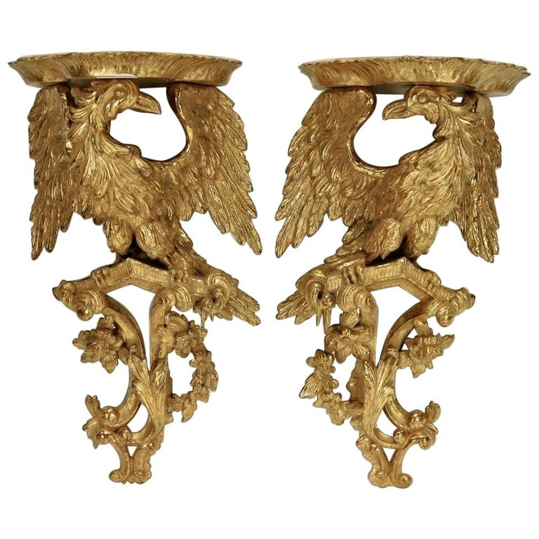 Pair of 18th Century George II Giltwood Eagle Wall Brackets For Sale
