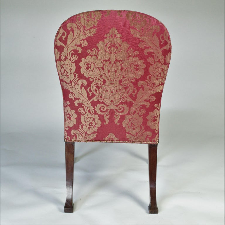 Pair of 18th Century George III Mahogany Chairs possibly by Thomas Chippendale In Good Condition For Sale In London, GB