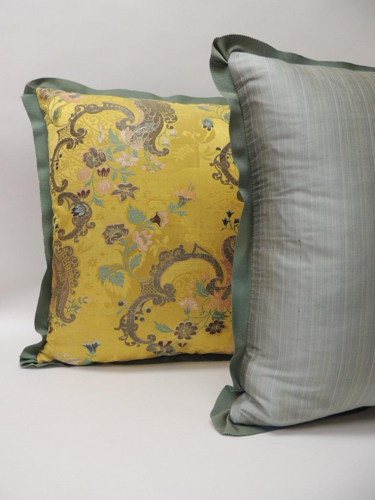 Pair of Green and Gold Brocade French Silk Decorative Pillows In Good Condition For Sale In Wilton Manors, FL