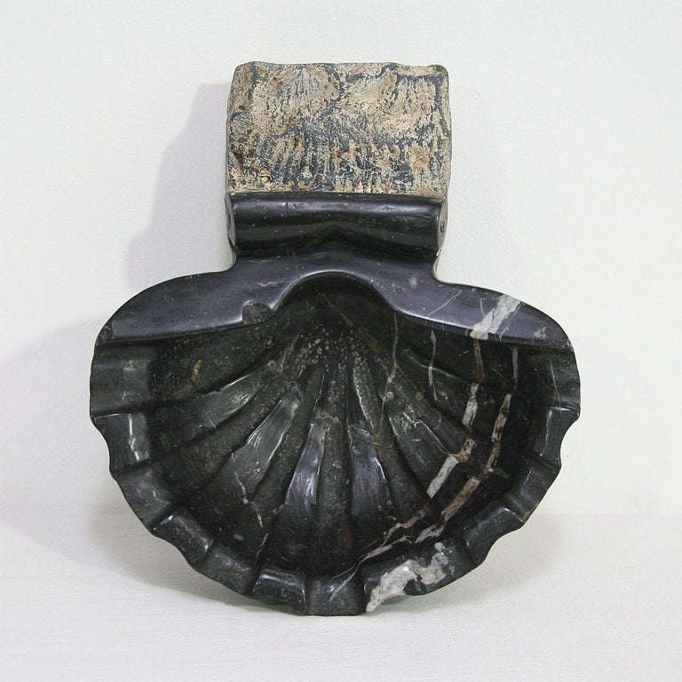 Pair of 18th Century Italian Baroque Black Marble Holy Water Fonts or Stoups For Sale 8