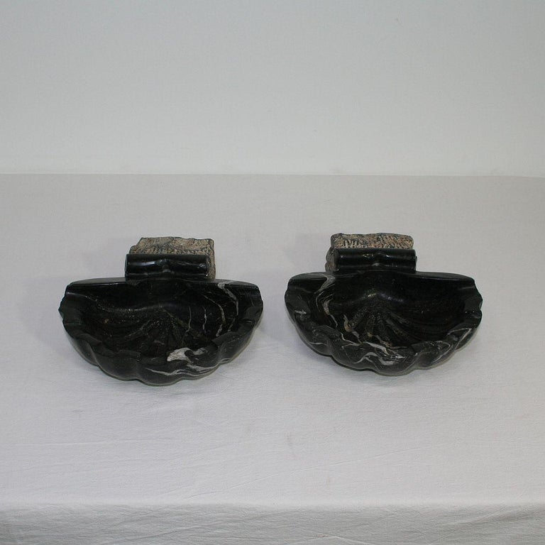 Pair of 18th Century Italian Baroque Black Marble Holy Water Fonts or Stoups In Fair Condition For Sale In Amsterdam, NL