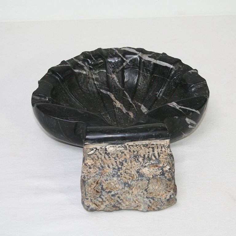 Pair of 18th Century Italian Baroque Black Marble Holy Water Fonts or Stoups For Sale 4