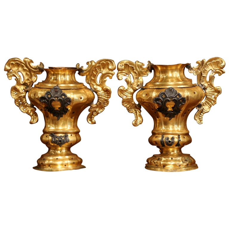 Pair of 18th Century Italian Carved Giltwood and Brass Altar Ornament Vessels For Sale