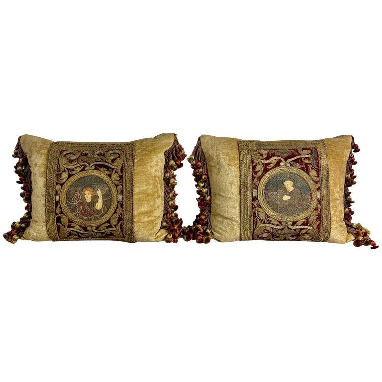 Pair of 18th Century Italian Embroidered Metallic Velvet Pillows For Sale