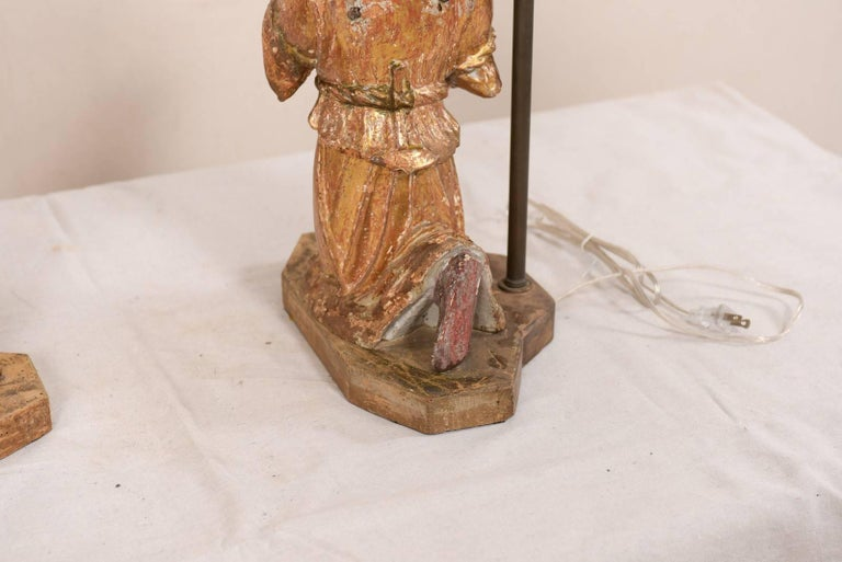 Pair of 18th Century Italian Hand-Carved and Painted Wood Figurative Table Lamps For Sale 3