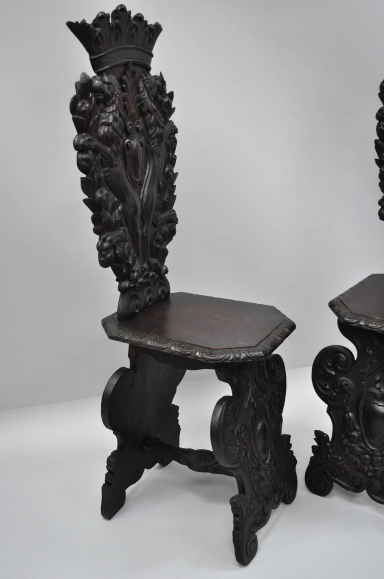 Pair of 18th Century Italian Renaissance Lion Carved Walnut Sgabello Hall Chairs For Sale 11