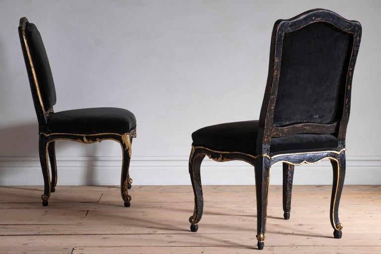 Pair of 18th Century Rococo Chairs For Sale 1